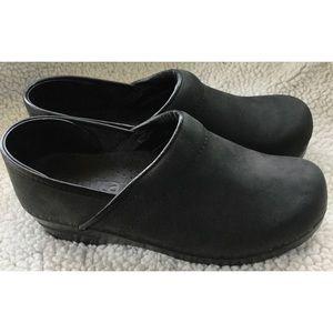 Sanita Oiled Leather Black Clogs 38 7-7.5